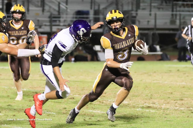 Golden West hosts Madera South in a non-league High School Football game at Visalia Community Stadium on Thursday, Sept 12, 2019.