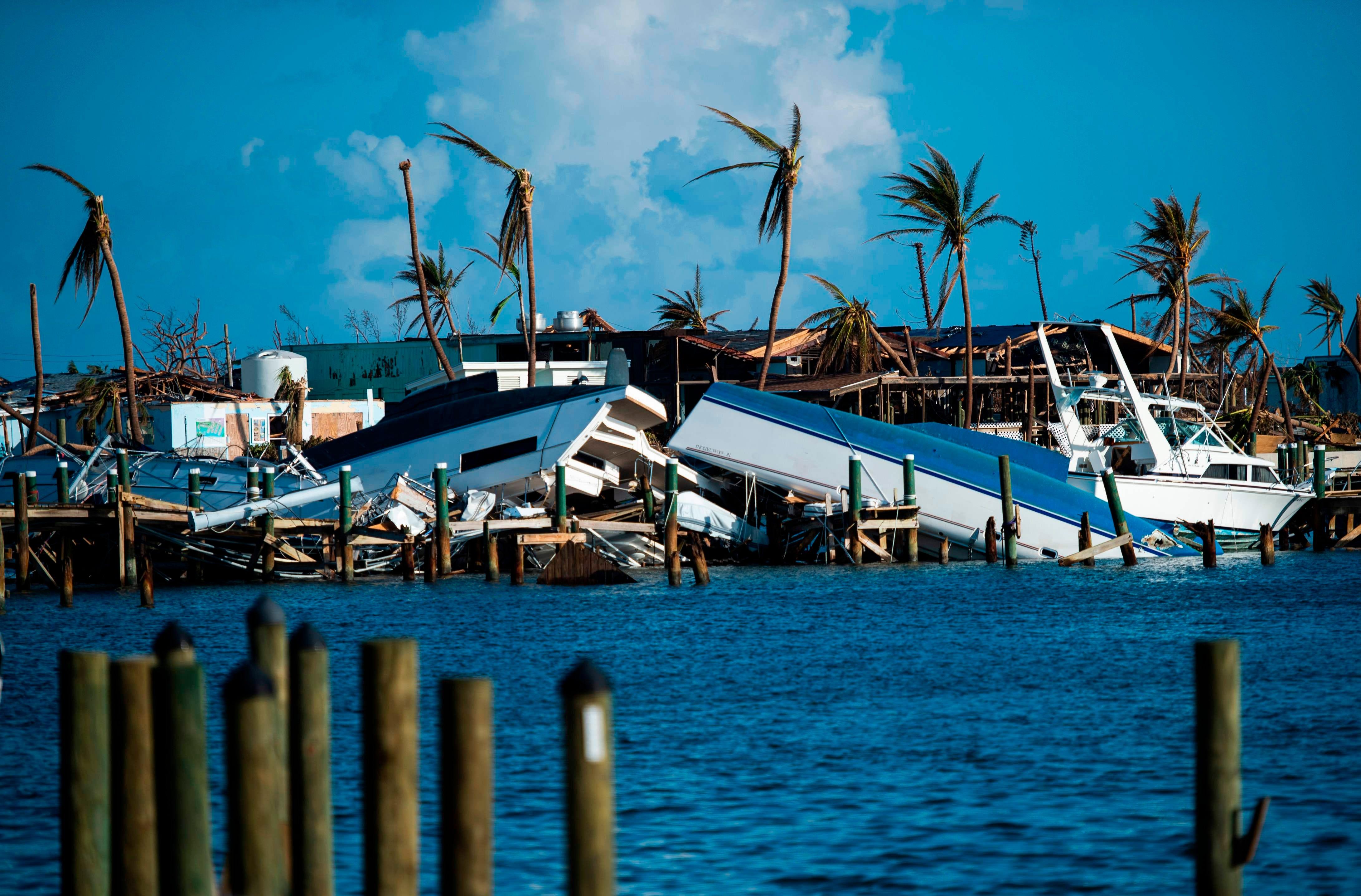 'Leave now': 1 dead as Hurricane Dorian expected to reach Carolinas late Thursday