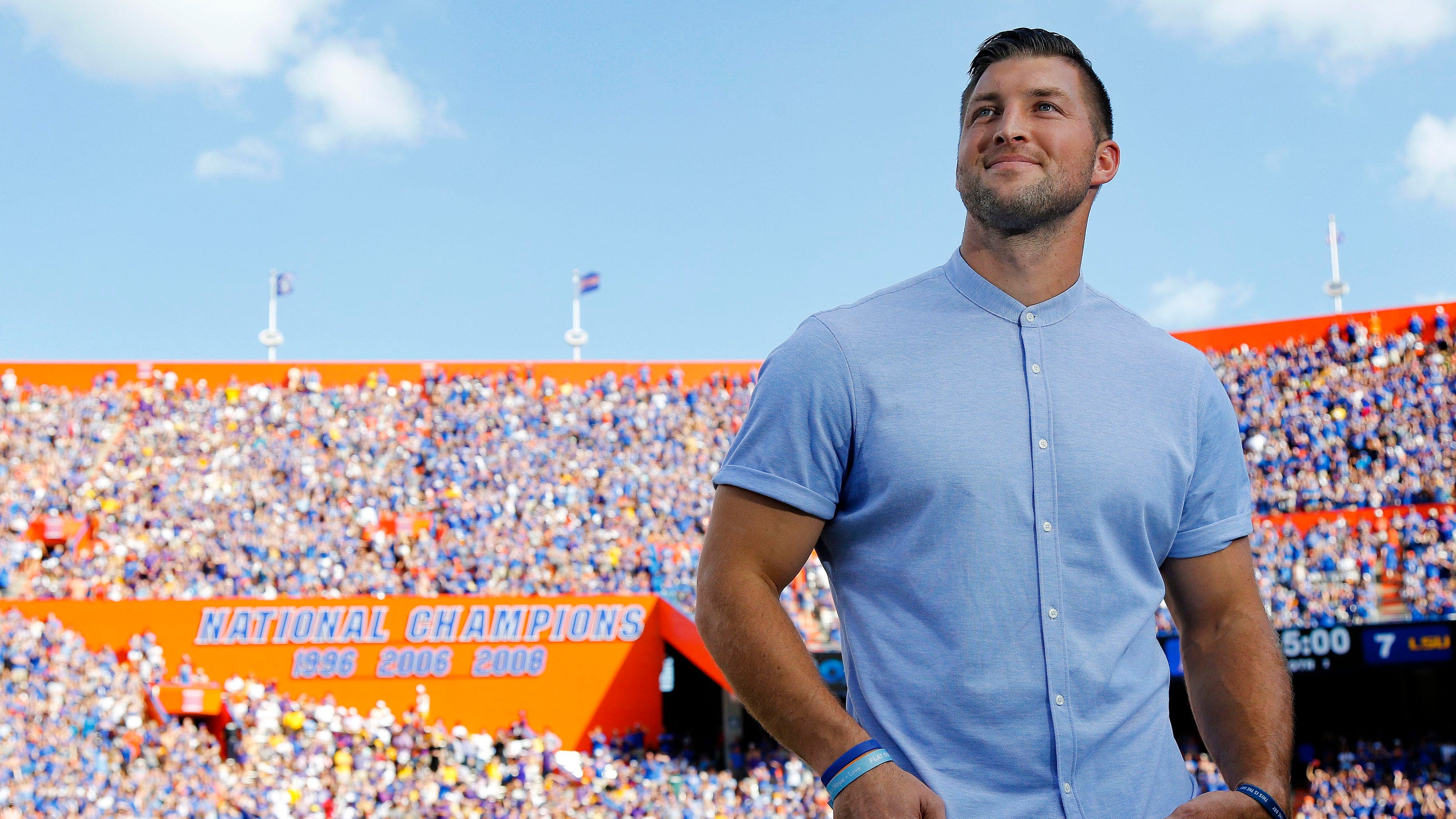 Opinion: Tim Tebow's argument against paying college athletes is laughable