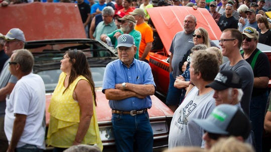 A treasure trove of muscle cars: Iowa man sells nearly 100 vehicles after decades of collecting