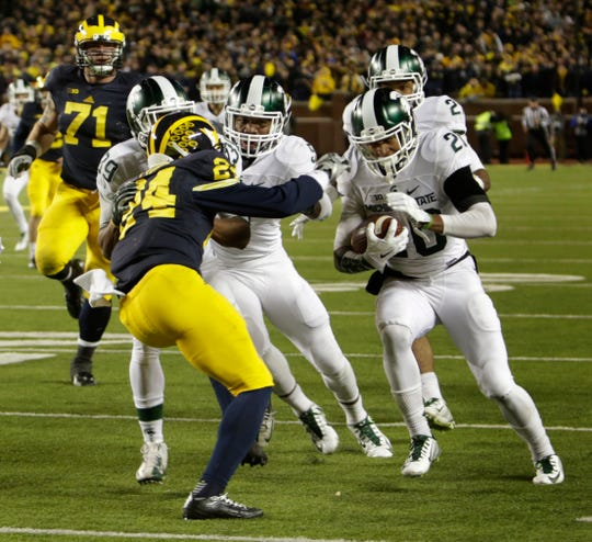 Michigan State's Jalen Watts-Jackson scores the winning touchdown after he picked up a muffed punt vs. Michigan, Saturday, Oct. 17, 2015 in Ann Arbor.