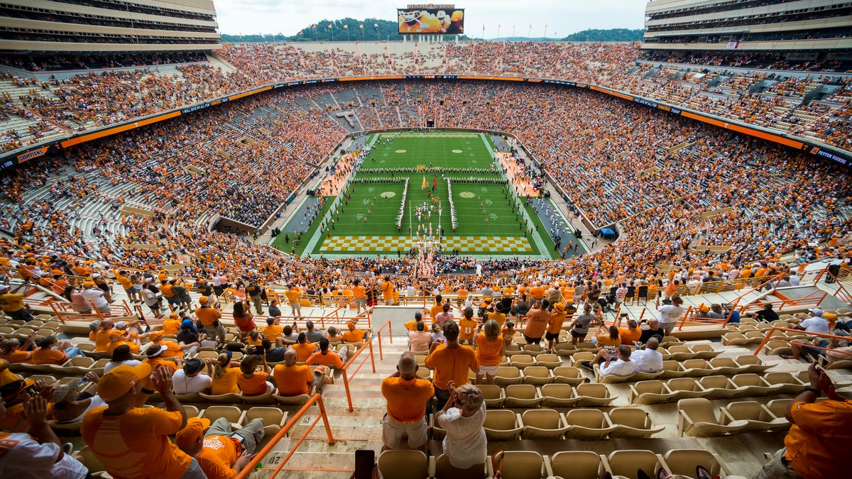 Opinion: Tennessee's dishonorable move of canceling Army game shows how far Volunteers have fallen