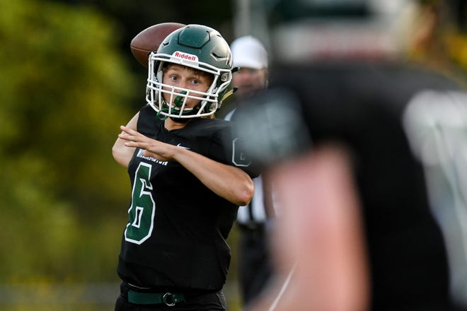 Luke Mahaney threw a 30-yard pass for Williamston's first touchdown in a 22-6 victory at Fowlerville.