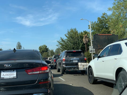 Traffic northbound on Demaree will face month-long delays as another northwest Visalia project snarls the commute.