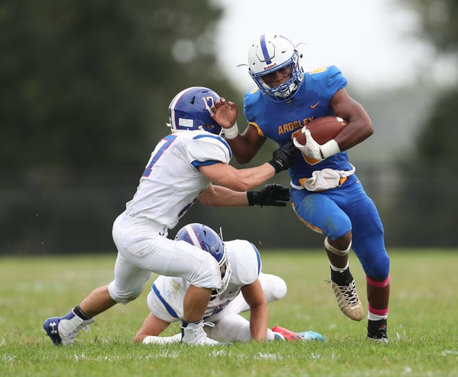 Ardsley's Jalen Osborne (6) with the carry during their  42-6 win over Pearl River at Ardsley High School on Saturday, September 14, 2019.