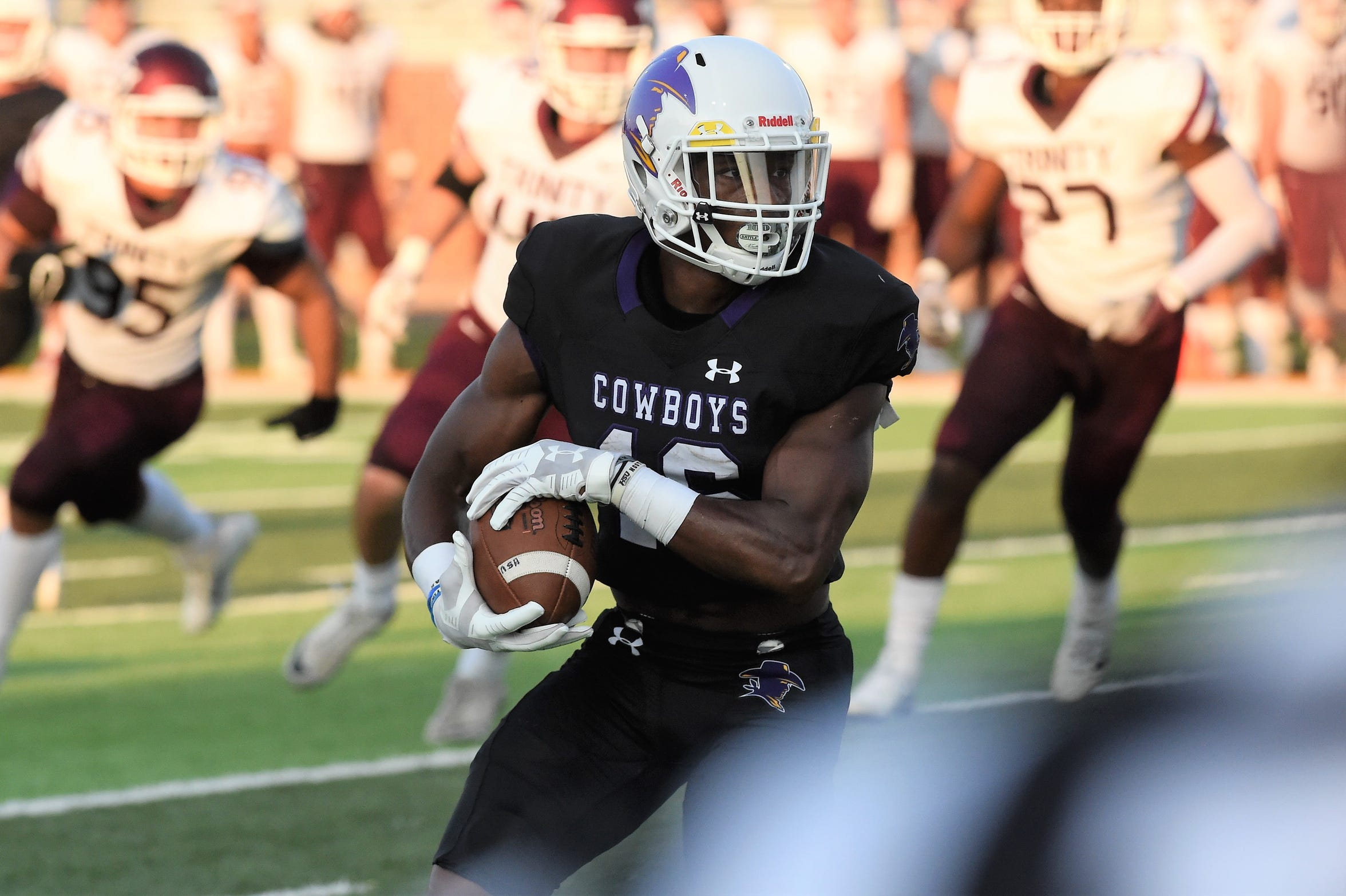 Hardin-Simmons running back Jaquan Hemphill broke six school records, was named a Gagliardi Trophy semifinalist, All-America, American Southwest Conference Offensive Player of the Year.