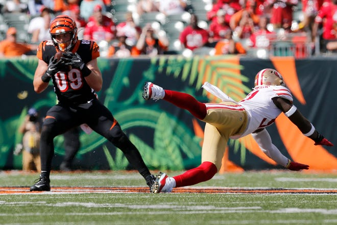 Cincinnati Bengals tight end Drew Sample (89) makes a catch in the fourth quarter of the NFL Week 2 game between the Cincinnati Bengals and the San Francisco 49ers at Paul Brown Stadium in Cincinnati on Sunday, Sept. 15, 2019. The Bengals fell to 0-2 on the season with a 41-17 loss to the 49ers in the home opener.