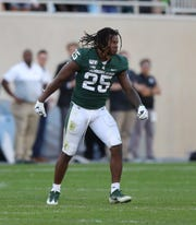 Michigan State Spartans receiver Darrell Stewart Jr. lost his helmet during a play against Arizona State, Sept. 14, 2019 at Spartan Stadium.