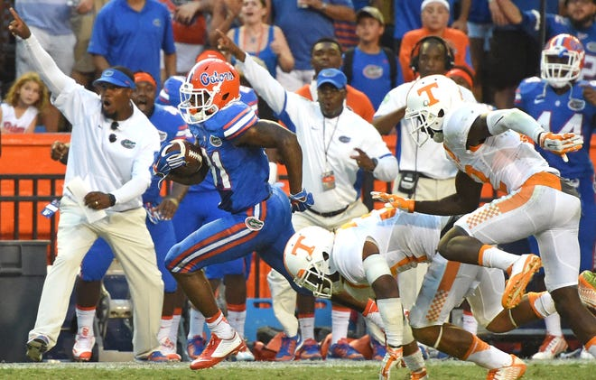 Florida wide receiver Antonio Callaway runs to score the game-winning touchdown against Tennessee in the Gators' 28-27 win at Ben Hill Griffin Stadium on Sept. 26, 2015.