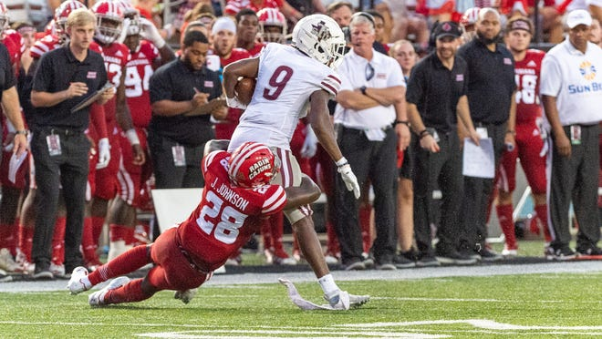 """Louisiana nickel back Ja'Len Johnson, shown making a tackle against Texas Southern during their 2019 game, has been starting for the Ragin' Cajuns since last season. """"That dude is a big part of the defense,"""" Louisiana cornerback Mekhi Garner said."""