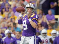 LSU's Joe Burrow is an early contender for the 2019 Heisman; Todd Harris out for season