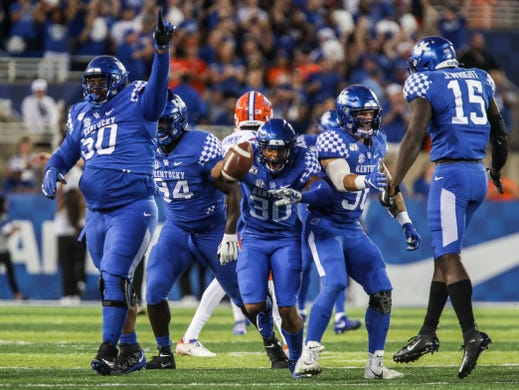 Kentucky football falls short of second straight Florida win on late missed field goal