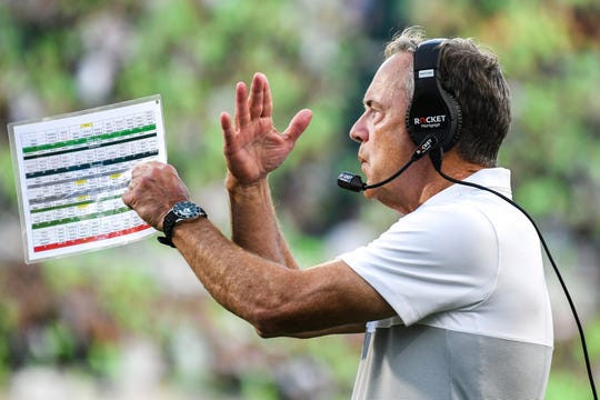 Mark Dantonio enters next season with a doubting fan base. But demanding a certain number of wins isn't the answer, Graham Couch says.