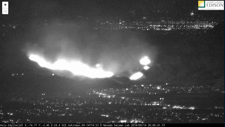 Video: Horseshoe Fire burns in Juniper Flats area near San Jacinto
