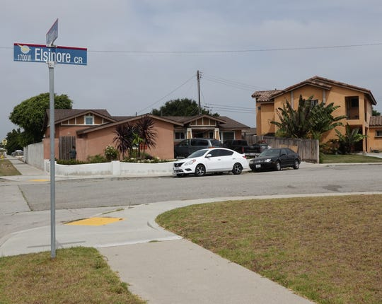Elsinore Circle, a cul-de-sac in Oxnard where a juvenile was shot Saturday night. He later died at the hospital, officials said.