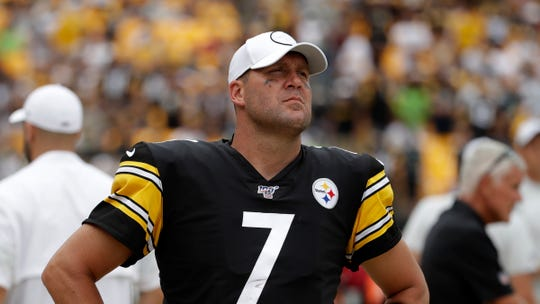 Pittsburgh Steelers quarterback Ben Roethlisberger will undergo surgery on his right elbow and be placed on injured reserve, ending the 37-year-old's 16th season just two weeks in.