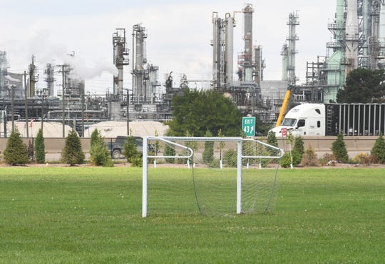 Residents are concerned that children playing soccer at Kemeny Recreation Center across the freeway from a Detroit oil refinery might be breathing bad air.