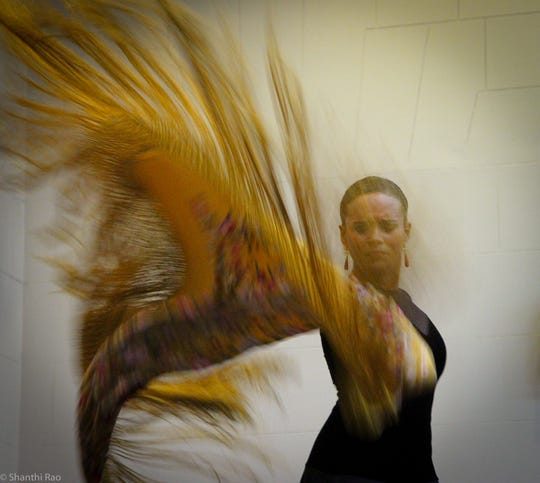 Dance troupe Flamenco Vivo Carlota Santana will present both a performance and master class at the Drake House Studio Theater this weekend.