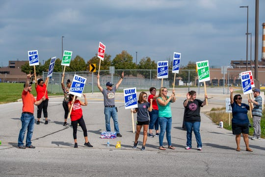 About 100 United Automobile Workers union members at Fort Wayne Assembly in Roanoke, Indiana joined nearly the nearly 50,000 other members at factories across the Midwest and South on picket lines, Monday, Sept. 16, 2019, after negotiations between the union and General Motors failed Sunday.
