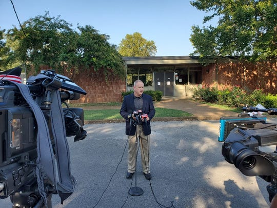 Mike Windsor, lead investigator of the George Carpenter killing, speaks to journalists during a press conference at the Shelby Golf Course on Monday.