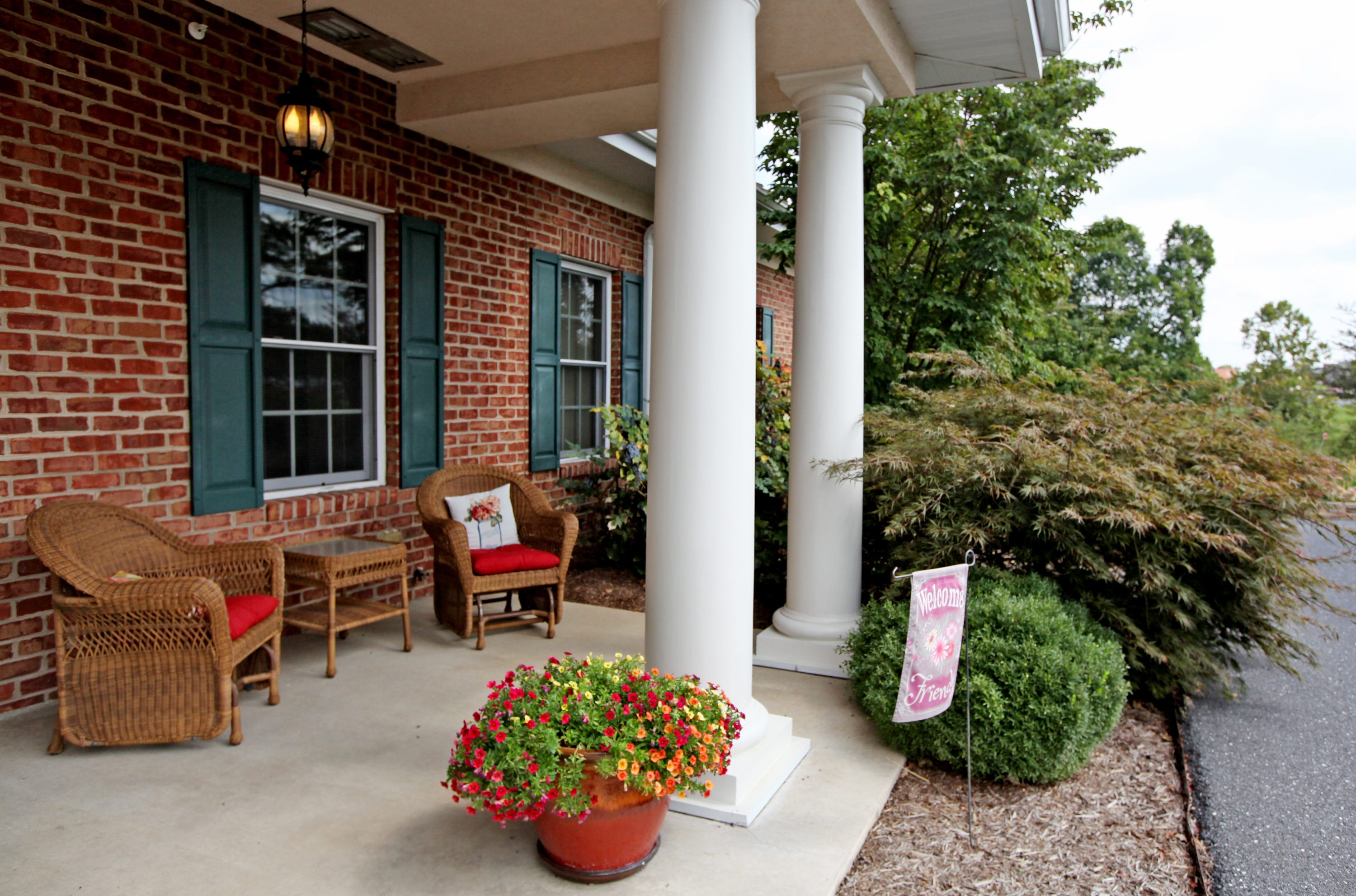 Augusta Health's Shenandoah House offers a home-like atmosphere to provide assistance for patients during their end-of-life care.