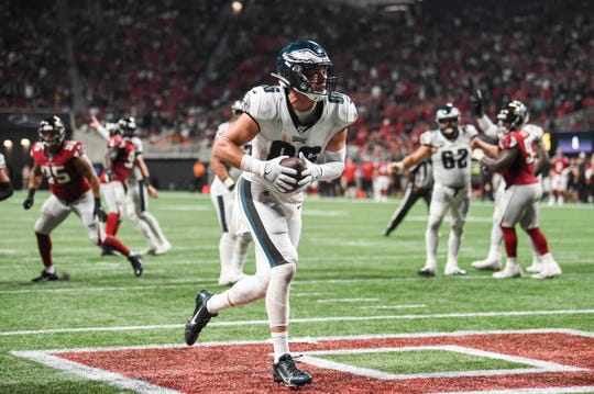 Philadelphia Eagles tight end Zach Ertz (86) scores a two point conversion against the Atlanta Falcons during the fourth quarter at Mercedes-Benz Stadium.