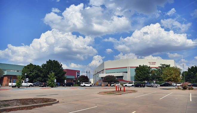 The Wichita Falls 4-B Board moved Thursday to advance plans for a hotel and convention center to be built the Ray Clymer Hall and Kay Yeager Coliseum on the MPEC grounds.