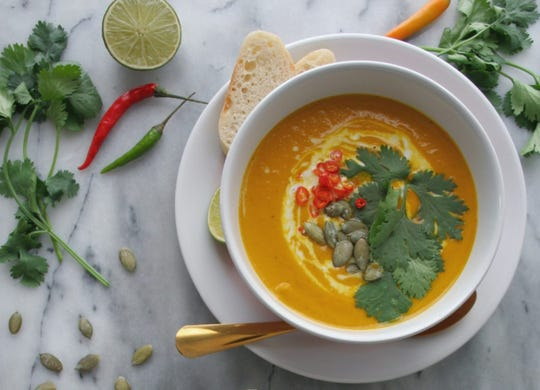 This vegan Instant Pot pumpkin soup is great for for chilly days