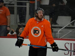 Flyers 5 takeaways: Kevin Hayes speaks coach's language