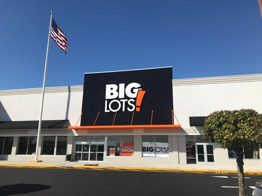 Big Lots, a discount retail store, is scheduled to open iat 275 Route 18, East Brunswick, next month.