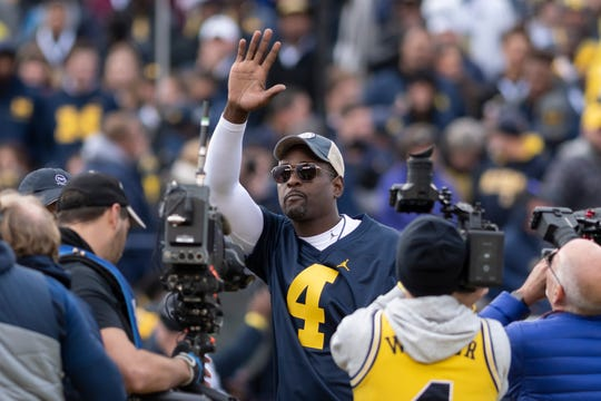 "Former Michigan basketball player Chris Webber says he's ""definitely"" hoping for a Fab Five reunion at Michigan."