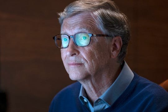 U.S. lawmakers should close loopholes, raise the estate tax and hike the capital-gains tax so that it equals the rate on labor income, Gates wrote Monday in a year-end blog post.