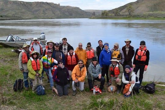 Missouri River Cleanup volunteers in 2014
