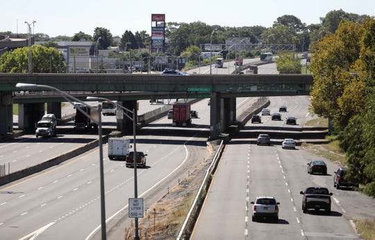 A view southbound of Central Park Avenue, right, and I-87, left in Yonkers Sept. 17, 2019. The Cross County Parkway that crosses over both roadways, is pictured above.