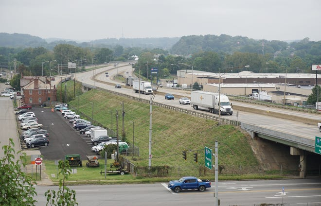 The Ohio Department of Transportation has announced a plan for major changes to the I70 corridor through downtown Zanesville. A public meeting will be held to discuss it Wednesday evening at 6 p.m. on Wednesday at the Zanesville-Muskingum Welcome Center.