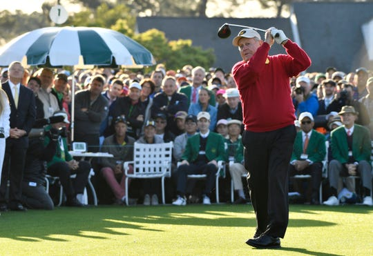 Jack Nicklaus hits his ceremonial tee shot on the 1st hole during the first round of the 2018 Masters golf tournament at Augusta National GC.
