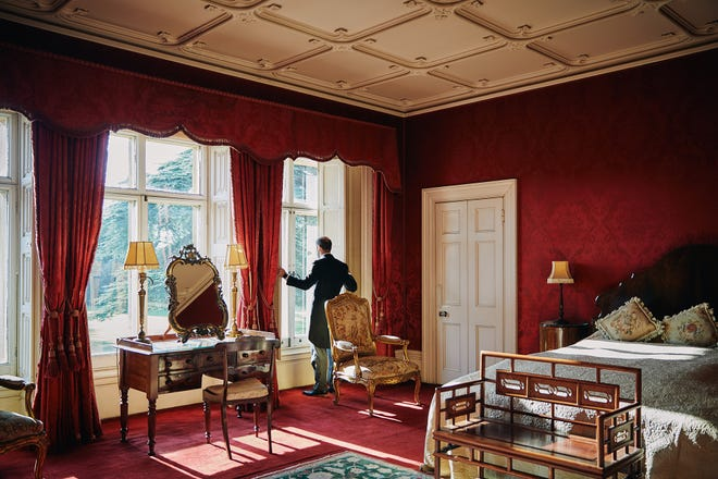 Downton Abbey Book A Room In Highclere Castle Through Airbnb