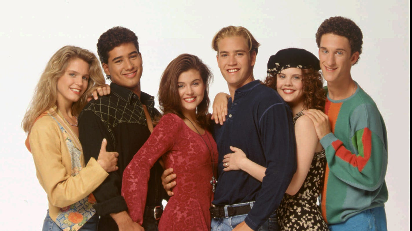 'Edgy' 'Saved by the Bell' reboot will lovingly poke fun at the original: See new trailer