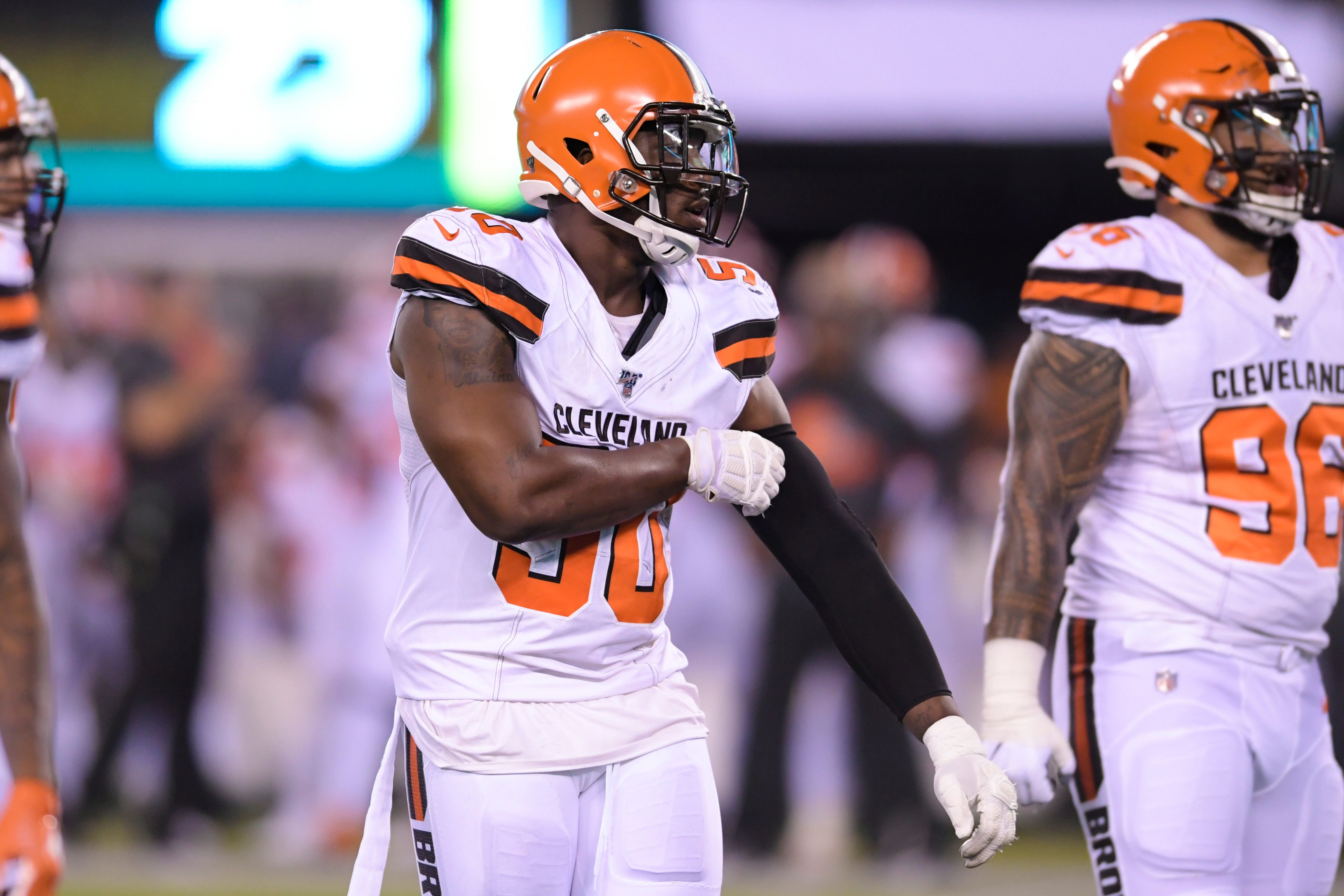 Cleveland Browns' Chris Smith opens up on playing for girlfriend who died in accident thumbnail