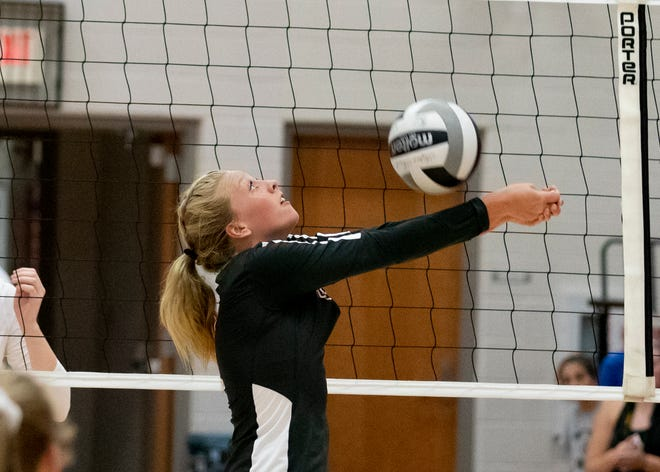 Westfall's Josie Williams digs a ball during a 3-0 win over Zane Trace at Zane Trace High School.