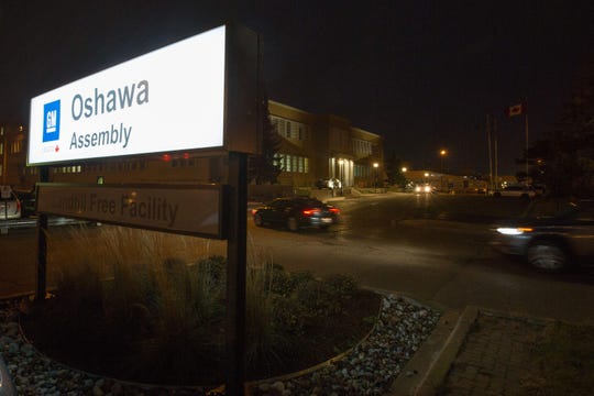 The General Motors Assembly plant in Oshawa, Ontario, is seen in this November 26, 2018, file photo. GM Canada will temporarily lay off 1,200 employeesat its Oshawa Assembly Plant because some of the components to buildtrucks there are unavailable due to the walkout of 46,000 UAWemployees across the U.S.