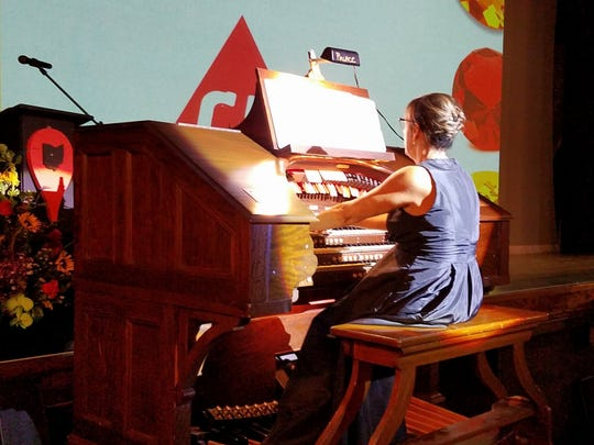 Angela Carbetta has been play the Mighty Wurlitzer organ at the Marion Palace Theatre since 1996.
