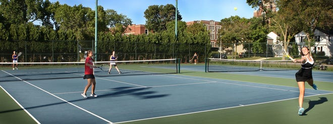 A youth hockey program plans to transform the Cahill Park tennis courts into an ice rink from mid-November to mid-March, starting in 2020.
