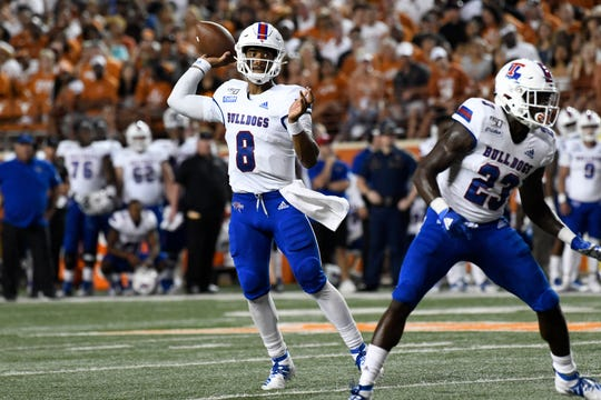 Aug 31, 2019; Austin, TX, USA; Louisiana Tech Bulldogs quarterback J'Mar Smith (8) throws a pass in the second half of a game against the Texas Longhorns at Darrell K Royal-Texas Memorial Stadium. Mandatory Credit: Scott Wachter-USA TODAY Sports