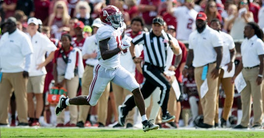 Alabama wide receiver Henry Ruggs, III, (11) scores a long touchdown against South Carolina at Williams-Brice Stadium in Columbia, S.C., on Saturday September 14, 2019.