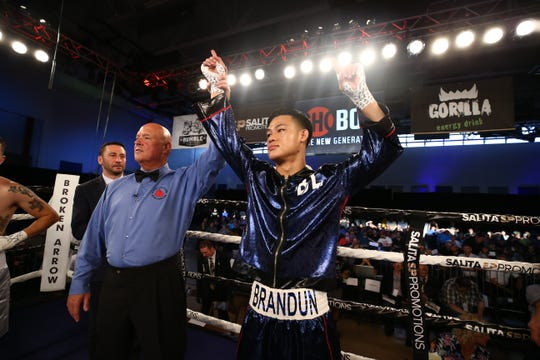 Brandun Lee, a Coachella Valley boxing prospect, will make his television debut Friday on Showtime.