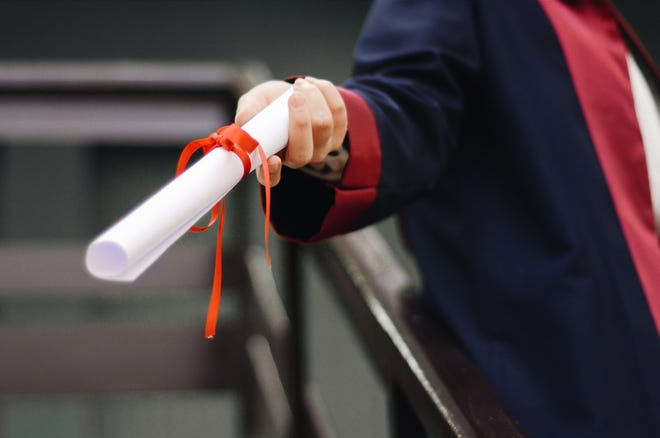 The U.S. Department of Labor has awarded Easterseals Serving Greater Cincinnati a $1.2 million contract to help high-school dropouts earn their diploma or GED while learning a trade.