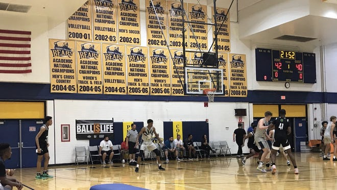 The all-junior team The Show represented the AIA in a game against Arizona Compass Prep at the Grind Show In The Desert showcase on Saturday at Phoenix College