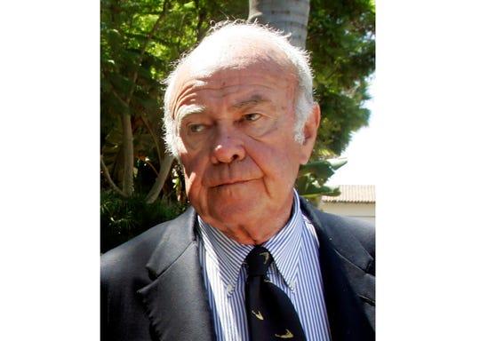 Sander Vanocur, veteran television journalist, dies at 91