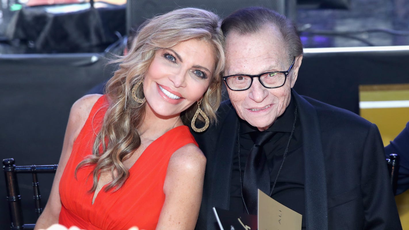 Larry King's estranged wife Shawn recalls their last words, says 'every one of us' wore suspenders at funeral